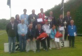 podium-de-tous-les-medailles-presents.jpg